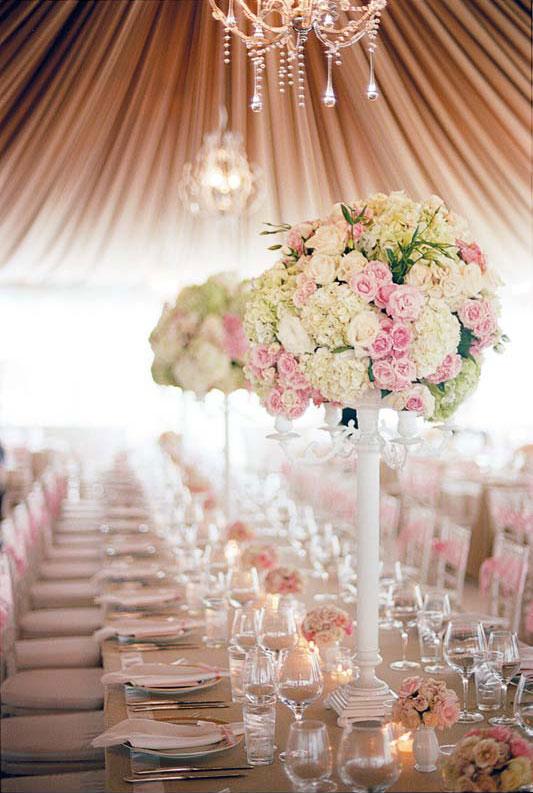The Wedding Series: Romantic u0026 Classic Du00e9cor : Nanda Bezerra