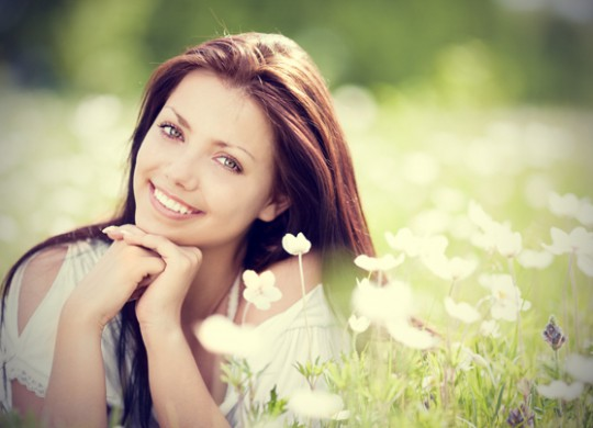 woman-in-field-of-flowers