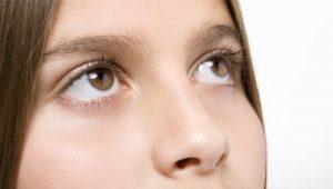 mulher-pensando-intuicao-meditacao-olhos-1280171182272_956x500